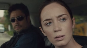 Benecio Del Toro and Emily Blunt in Sicario.